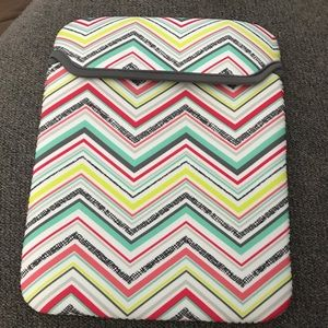 Thirty one tote a tablet case
